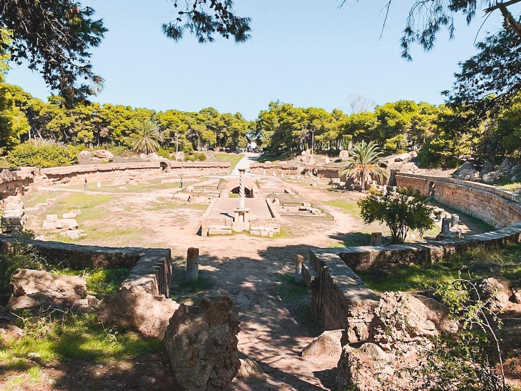 The-Roman-amphitheatre-of-Carthage